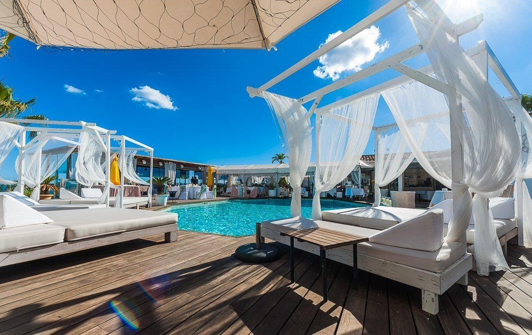 Beach Club, Commercial Photography Mallorca, Luxury, Moods, Pool Bar, Relax